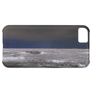 Barcos en el mar de hielo desde la costa funda para iPhone 5C