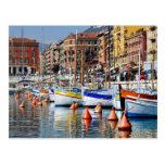 Barcos en el puerto de Niza en Francia Postal