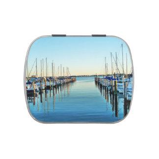 Barcos en el puerto deportivo de Shirley Taylor Jarrones De Caramelos