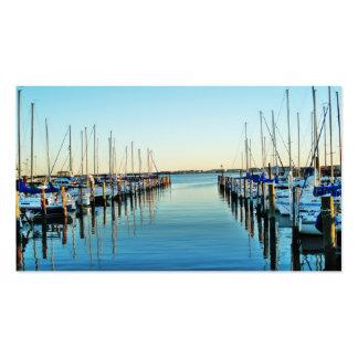 Barcos en el puerto deportivo tarjetas de visita