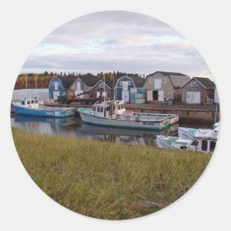 Barcos en Isla del Principe Eduardo Pegatina Redonda