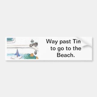 Barcos en la bañera más allá de la hora de ir a la etiqueta de parachoque
