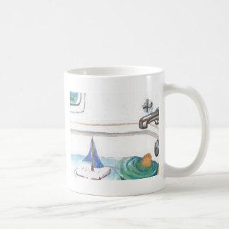 Barcos en la bañera más allá de la hora de ir a la taza de café