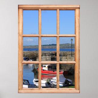 Barcos en la opinión del puerto de una ventana posters