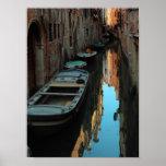 Barcos en los edificios de Venecia Italia del agua Posters
