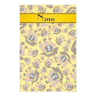 Barcos piratas amarillos conocidos personalizados  papeleria
