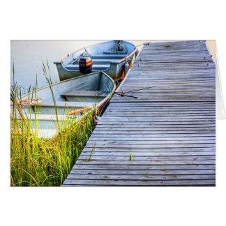 Barcos por el muelle tarjeton