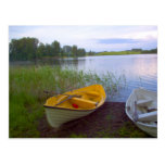 Barcos y el lago tarjetas postales
