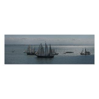 Barcos y naves de navegación en tarjetas de las tarjetas de visita mini