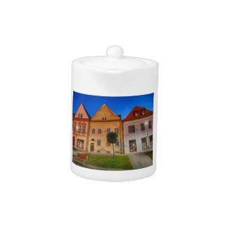 Bardejov central place teapot