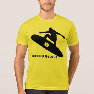BARKER SKATEBOARDS (AVID SURFER PRO SKATER) T SHIRT