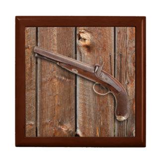 BARN BOARD WITH GUN JEWELRY BOX