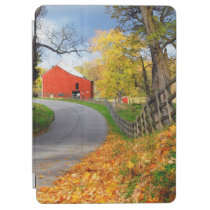 Barn in Fall iPad Air Cover