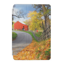 Barn in Fall iPad Mini Cover