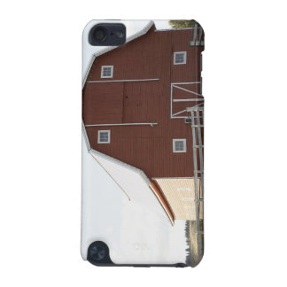 Barn in rural landscape iPod touch (5th generation) case