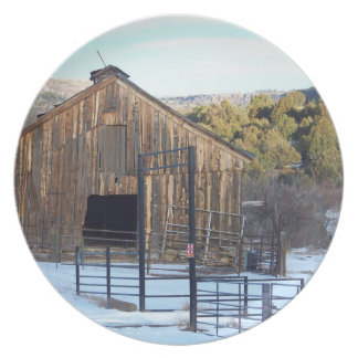 Barn in Snow Plate