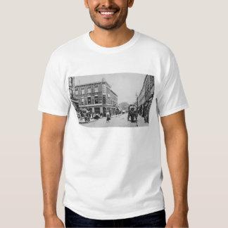 Barn Tavern, Highbury, c.1900 Tee Shirt