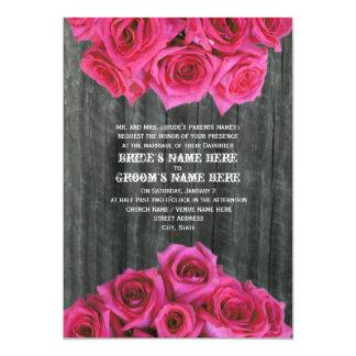Barnwood y rosas de las rosas fuertes que casan la comunicado