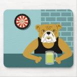 Barra de la cerveza del Dartboard del dogo Mouse Pads