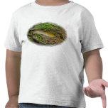 Barra del plátano en la camiseta del niño del regi