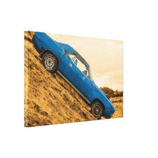 Barracuda azul viejo de Plymouth Impresión En Lona Estirada