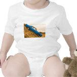 Barracuda azul viejo de Plymouth Traje De Bebé