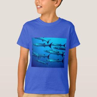 barracuda dive deep sea ocean water tropical wave T-Shirt