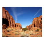 Barranco rojo de la roca tarjetas postales