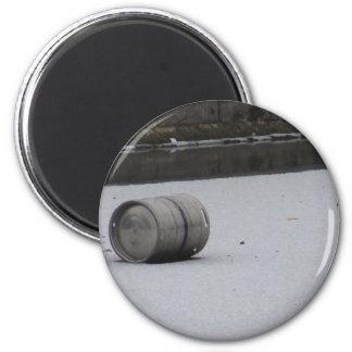 Barrel on ice magnet