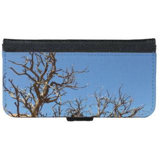 Barren tree in desert wallet phone case for iPhone 6/6s