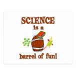 Barril de la ciencia de diversión tarjetas postales