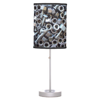 Barril de nueces - y - pernos lámpara de mesa
