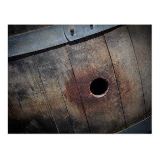 Barril de vino usado para almacenar el vino del postales