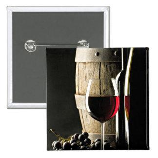 Barril de vino, uvas, y vidrio pin cuadrada 5 cm