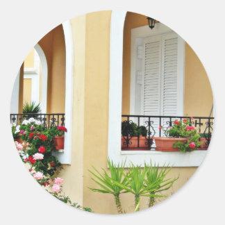 Barril del arco de casa de vacaciones en Grecia Etiqueta Redonda