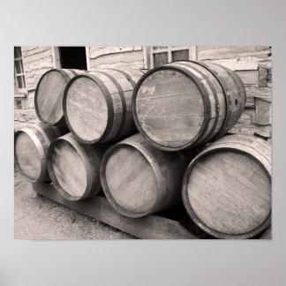 Barriles de madera del whisky póster