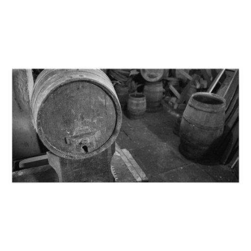 Barriles de vino viejos plantilla para tarjeta de foto