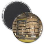 Barriles del whisky iman