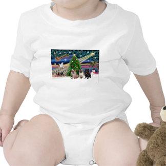 Barros amasados mágicos del navidad (tres, 2 trajes de bebé