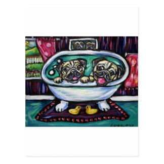 Barros amasados sonrientes en baño tarjetas postales