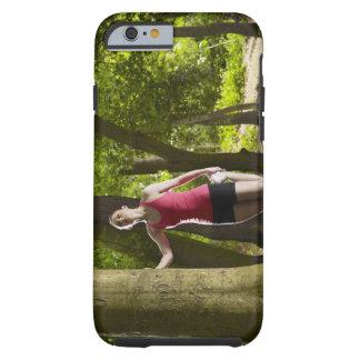 Basculador que estira en bosque funda de iPhone 6 tough