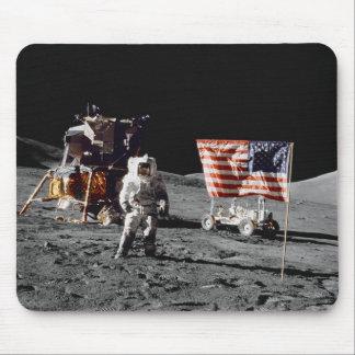 Base de la luna de Apolo 17 Alfombrillas De Raton