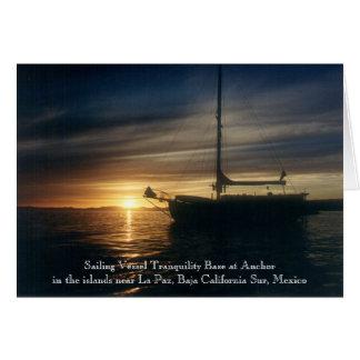 Base de la tranquilidad del velero en el ancla tarjeta de felicitación
