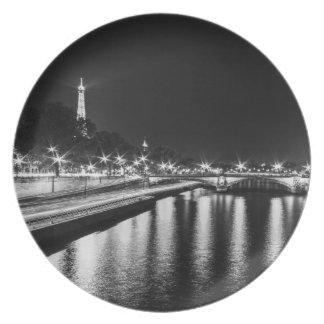 "Base Melamina Torre Eiffel (25cm - 10"") #5 Platos"