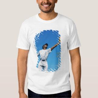 baseball player (16-20) catching ball in shirt