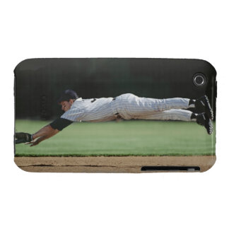 Baseball player in mid-air catching ball. iPhone 3 Case-Mate case