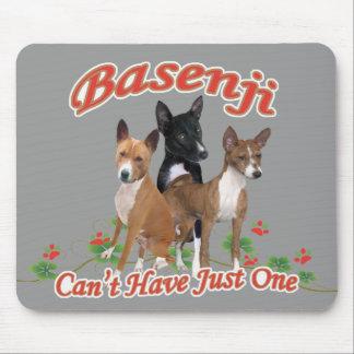Basenji no puede tener regalos apenas uno tapete de ratón