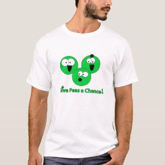 "Basic ""give peas a chance"" Pea-shirt T-Shirt"