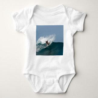 basic item shirt