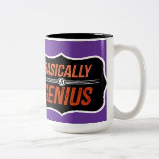 Básicamente un genio (para Christie) Taza De Dos Tonos